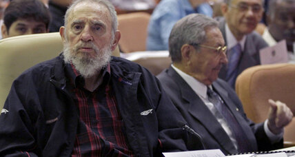 Fidel Castro appears at parliament, leadership speculation continues