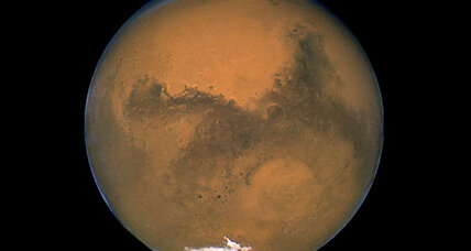 Mars might still harbor life, say scientists