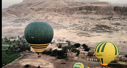 Fatal hot air balloon crash in Egypt under investigation