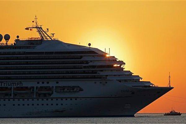 Stricken Carnival Cruise Ship Nears Mobile Alabama CSMonitorcom - Cruise ship mobile alabama