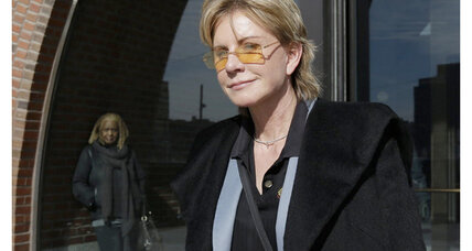 Patricia Cornwell wins lawsuit against financial firm