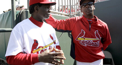Willie McGee hired by St. Louis Cardinals