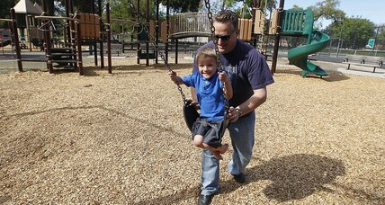 Parenting shift: Dads boost housework, as more moms seek full-time jobs