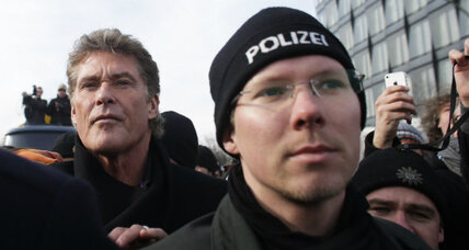 David Hasselhoff, Katidis' 'fatherland' furor: Think global, parent local