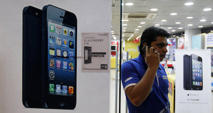 Fight over cellphone unlocking pulls in FCC: report