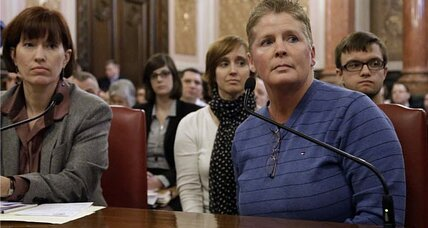 Gay marriage battle heats up in Illinois