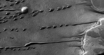 Mars sand dunes may hint at water beneath