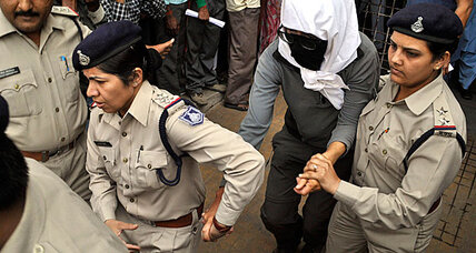 Swiss tourist gang raped in India, say police (+video)
