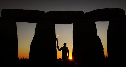 New Stonehenge theory: Stonehenge was built over a graveyard