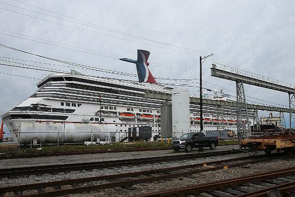 Carnival Cruise Ship Secured Following Alabama Wind Storm - Cruise ship mobile alabama