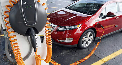 Obama budget boosts funding, tax credit for electric cars