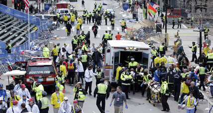 Boston Marathon tragedy: 2 dead, at least 28 injured in back-to-back blasts (+video)