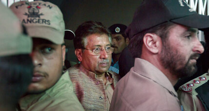 Judge orders Musharraf held for 14 days before next hearing