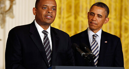 Obama adds cabinet diversity by picking Anthony Foxx for Transportation
