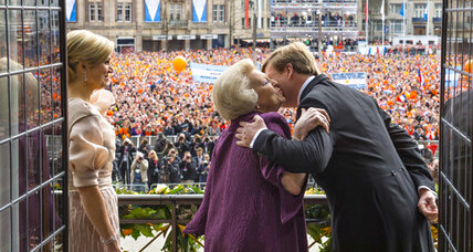 Dutch welcome Willem-Alexander's ascension to Dutch throne