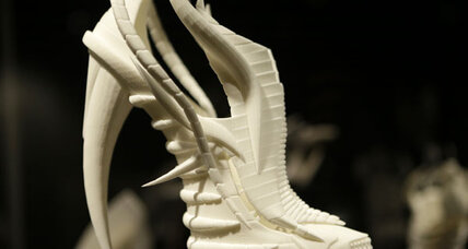 3-D printers bring new edge to fashion