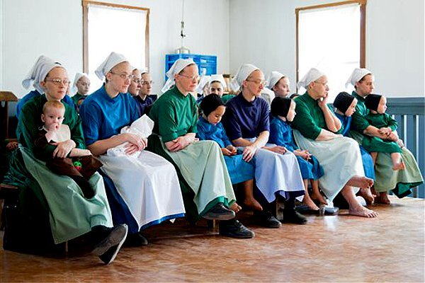 Amish gather before entering prison for hate crimes