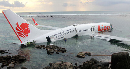 Airplane crashes in water off Bali, no fatalities