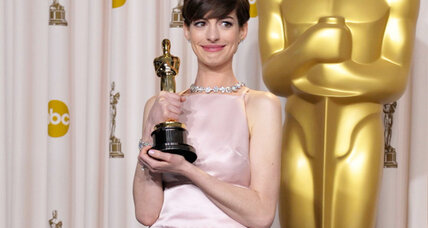 Anne Hathaway may reunite with director Christopher Nolan for Nolan's film 'Interstellar'