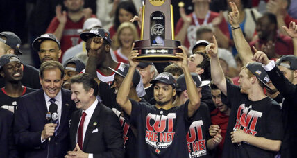 Louisville king of NCAA basketball realm after beating Michigan, 82-76