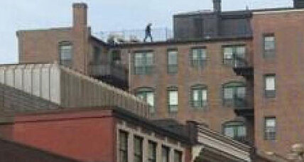 Mystery man on roof during Boston Marathon bombings (+video)