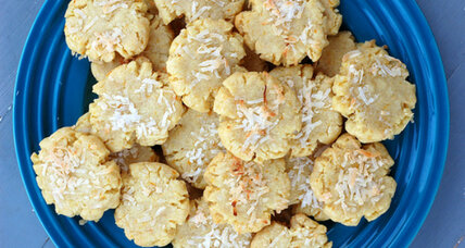 Meatless Monday: Vegan mandarin coconut cookies
