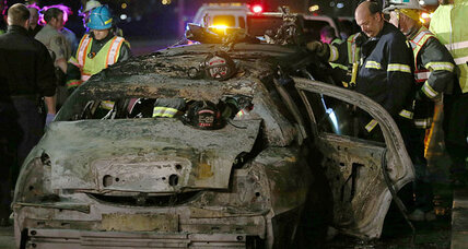 Limo fire that killed bride puzzles experts