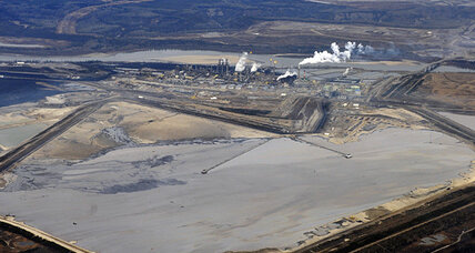 Canada boosts advertising budget for tar sands, Keystone XL