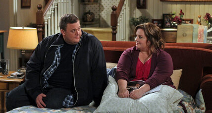CBS pulls tornado episode of 'Mike & Molly' after Okla. storms (+video)