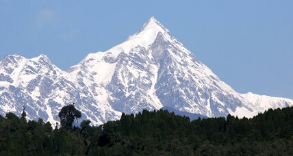 5 climbers feared dead on Nepal peak
