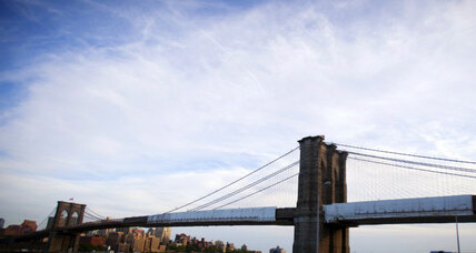 Brooklyn Bridge closure caused by abandoned SUV