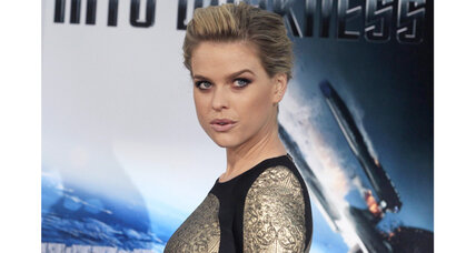 Alice Eve discusses 'Star Trek Into Darkness' and the role of Dr. Carol Marcus