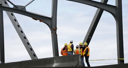 Skagit River bridge collapse: Looking for a temporary fix (+video)