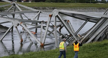 Skagit River bridge collapse: Not the only one waiting to happen (+video)