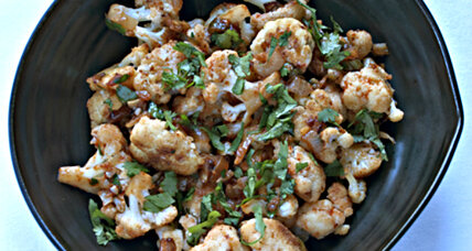 Sautéed cauliflower with chili sauce