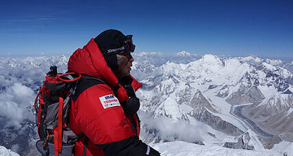 80-year-old Japanese man conquers Mount Everest