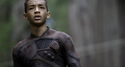 'After Earth' finds its heroes battling against an awkward screenplay (+video)