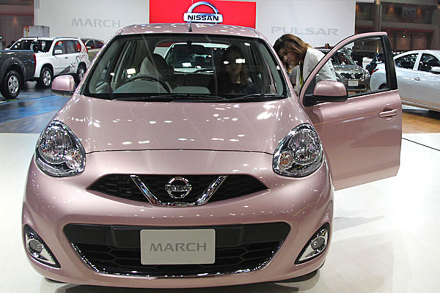 Nissan Recall For 841 000 Vehicles Over Steering Wheel Problem