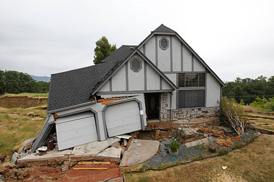 Calif Homes Sinking In Mysterious Slow Motion Disaster