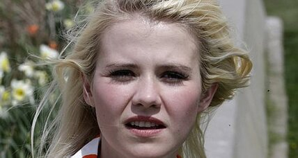 Elizabeth Smart urges privacy, compassion: 'It's not their fault.'