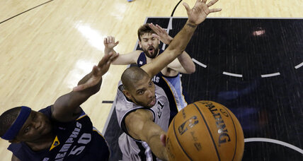 Spurs 'block' Grizzlies in Game 2 of NBA Western Conference final