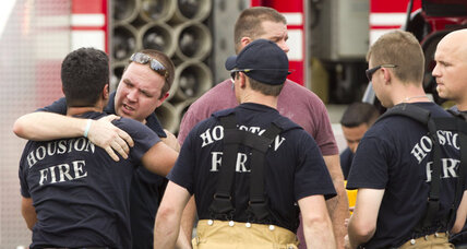 Four Houston firefighters killed, one injured in historic fire