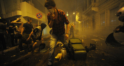 In Turkey's Taksim protest, angry citizens and a defiant prime minister (+video)