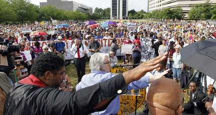 NAACP protest against NC GOP draws 1,000, over 100 arrested