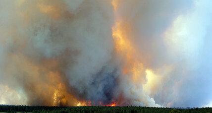 Colorado wildfires could spread unpredictably in high winds, sheriff warns (+video)