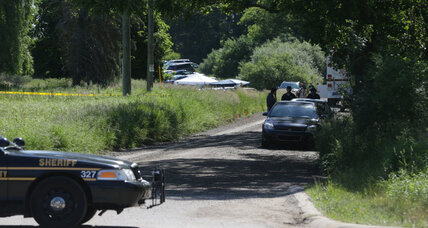 Hoffa remains sought in a field near Detroit (+video)
