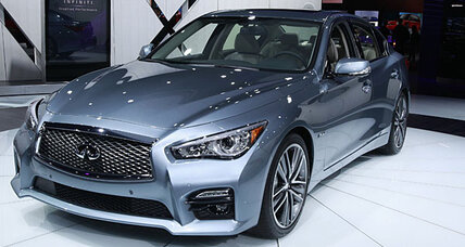 2014 Infiniti Q50 boasts elegant styling, new technology