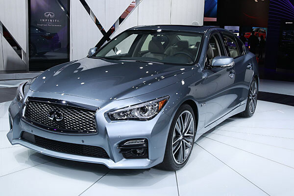 2014 infiniti q50 boasts elegant styling new technology. Black Bedroom Furniture Sets. Home Design Ideas