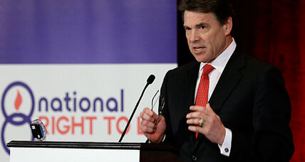 Controversial Texas abortion bill will pass in new session, Rick Perry vows