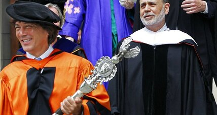 Fed Chair Bernanke tells Princeton grads: 'Call your parents'